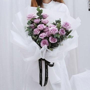 极致诱惑-19支精品紫玫瑰