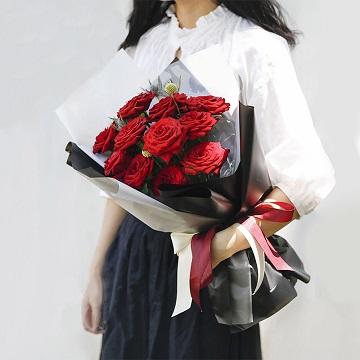 伊人红妆梦-11支精品红玫瑰