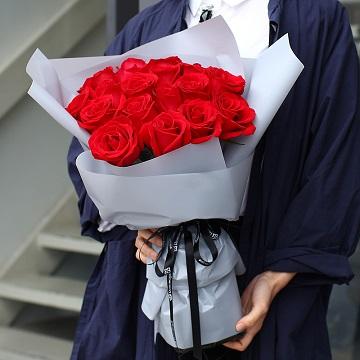 情意绵绵-19支精品红玫瑰