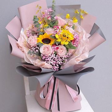 美好明天-11支粉玫瑰+2支向日葵